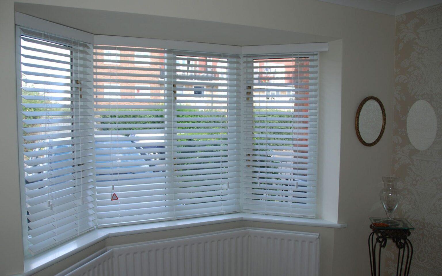 Bay window wood blinds - 50mm White Wooden Venetians Bay Window