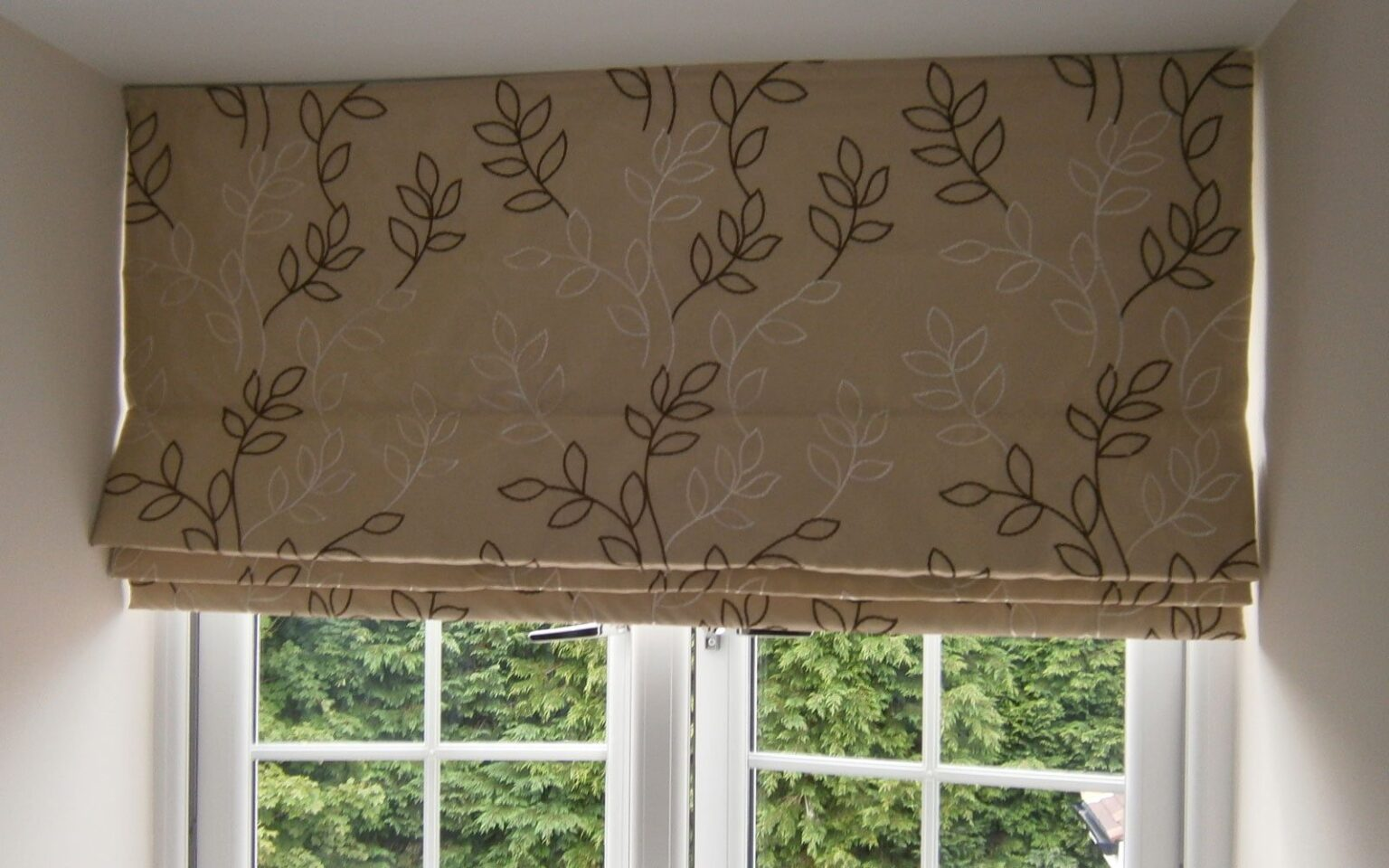 Patterned-Roman-Blind-Dormer