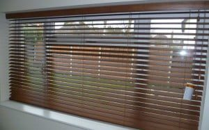 Privacy-Wooden-Venetian-Blind