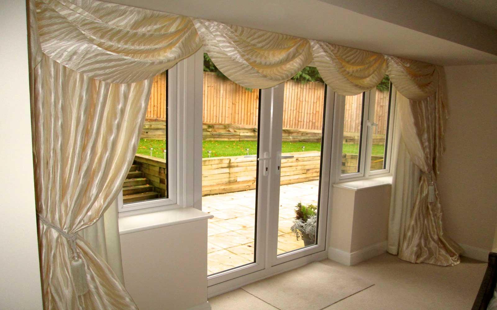 Full_Window_Curtains