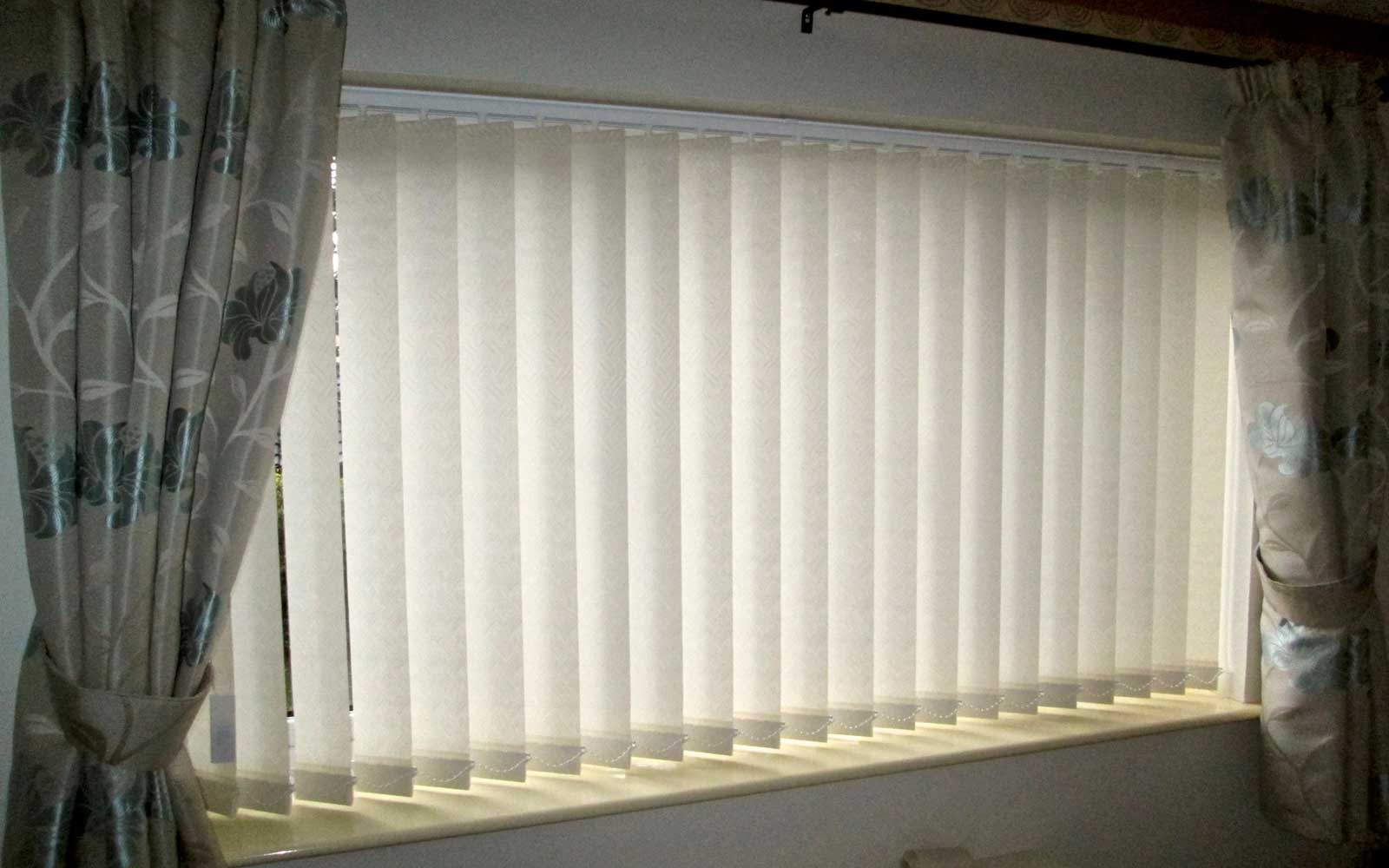 Vertical_Blinds