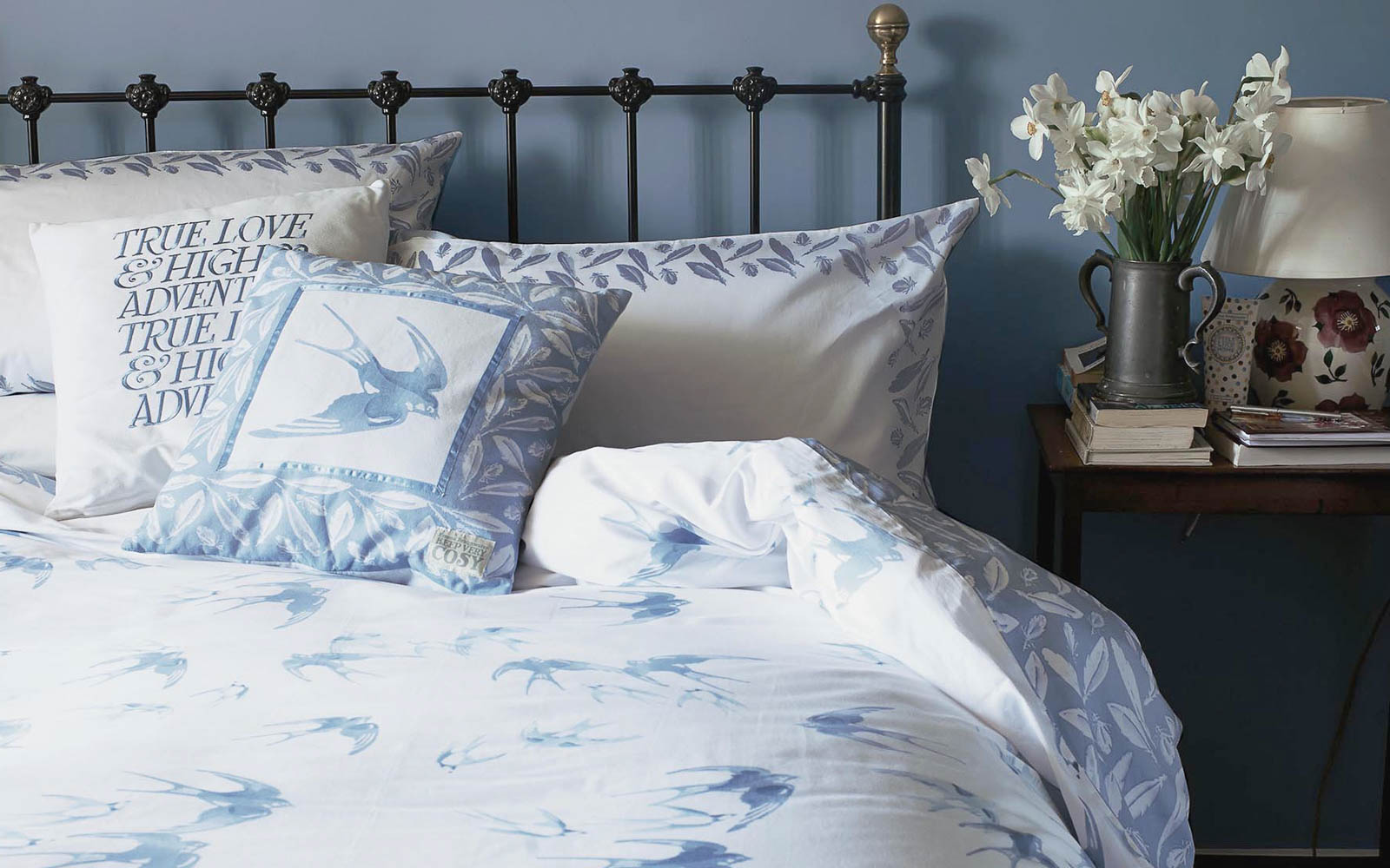 Emma_Bridgewater_Swallows_Bedding