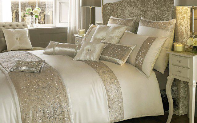 Kylie_at_home_duo_bedding