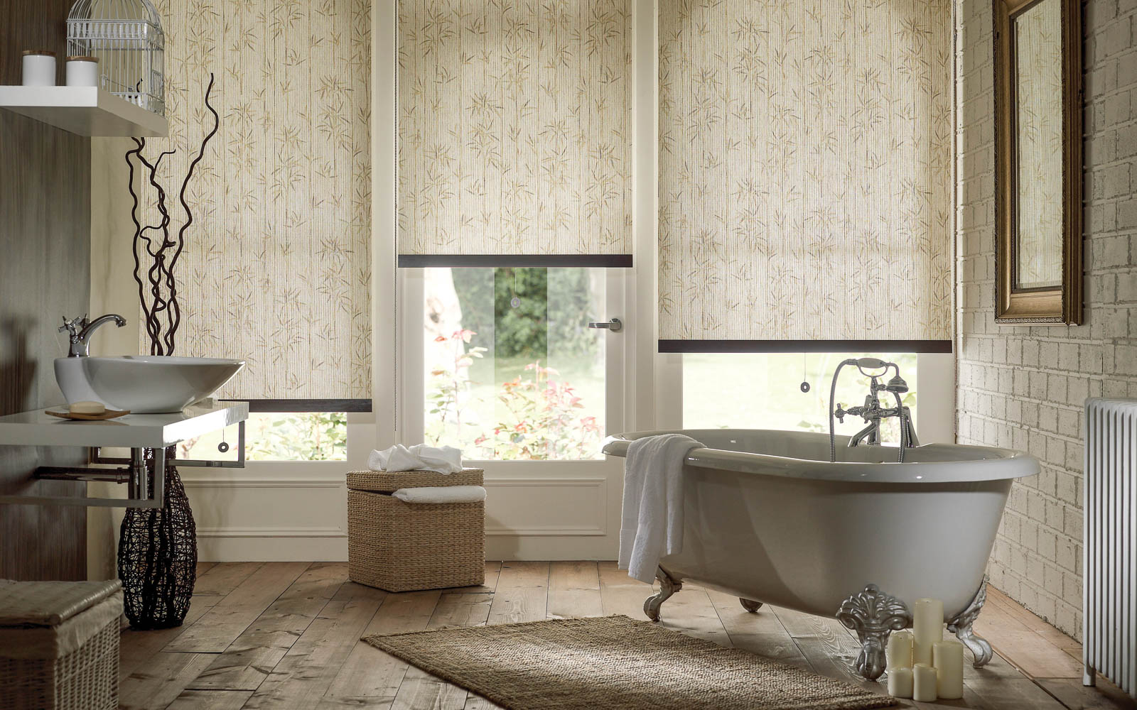 Patterned roller blinds in a bathroom