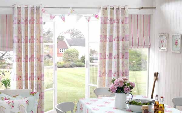 Kitchen Curtains and Romans