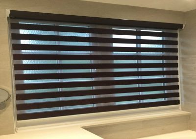 Duo Roller Blind With Slats Aligned