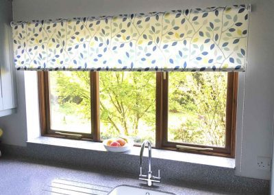 Roller-Blinds-Kitchen-Gallery-2-1600x1000