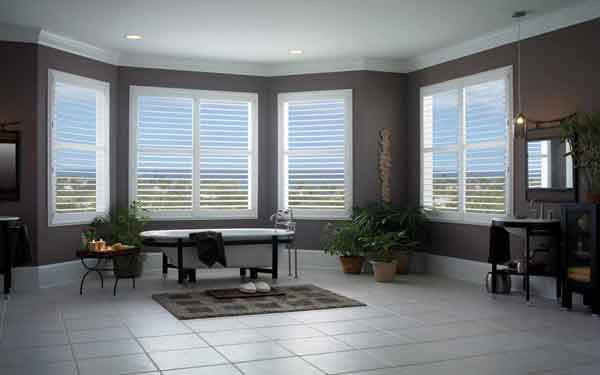 Bathroom Bay Window Plantation Shutter