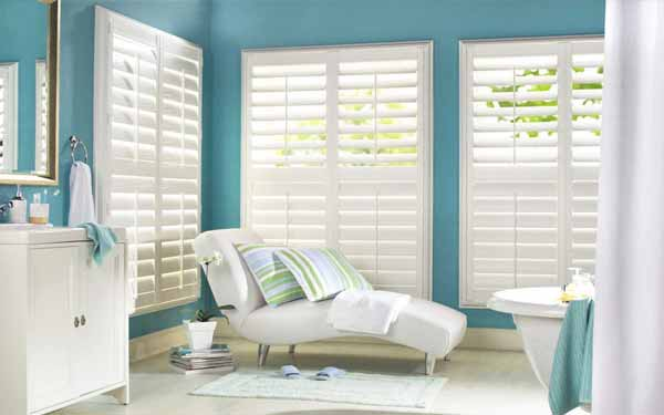 Center Tilt Rod Bathroom Plantation Shutters