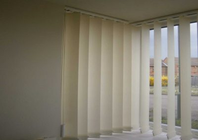Vertical Blind24