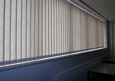 Vertical Blind32