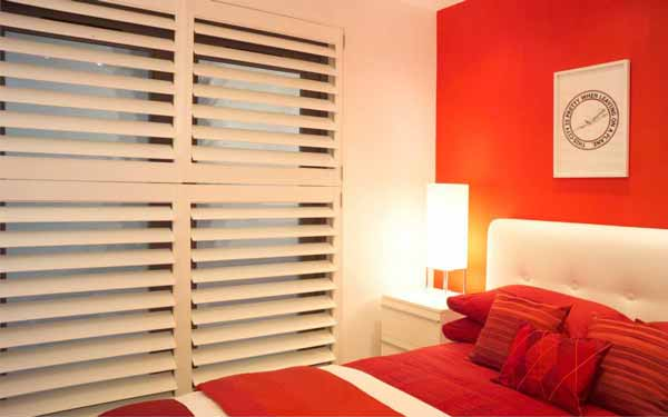 Bedroom Concealed Tilt Plantation Shutters